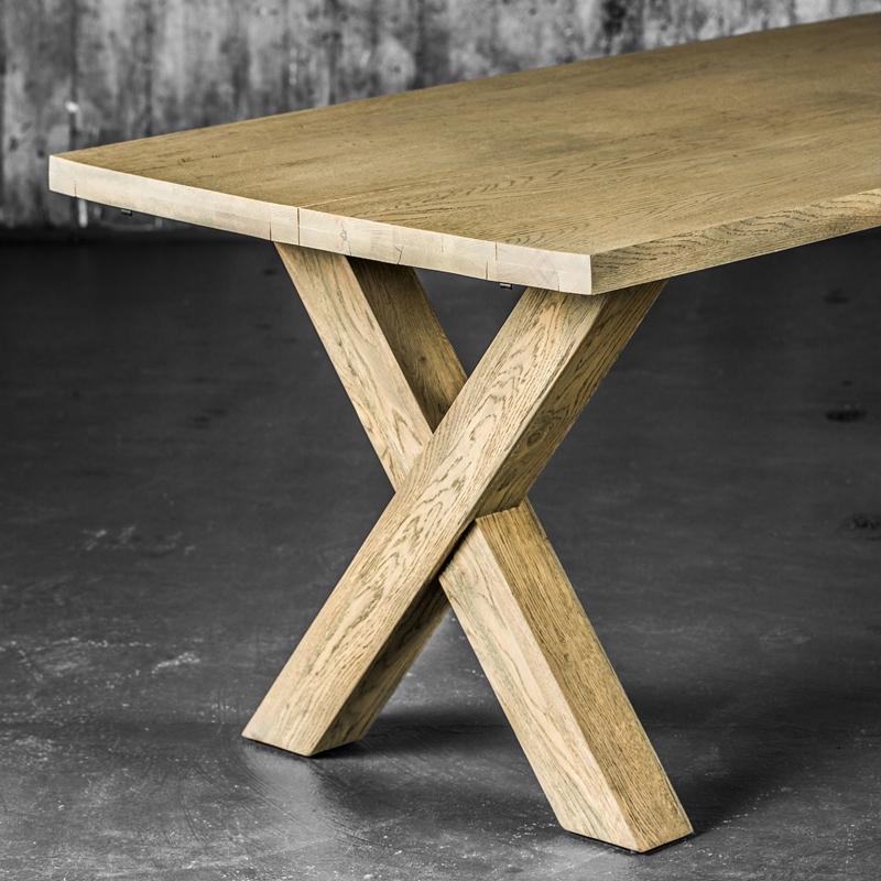 Utmerket Cross spisebord gråvasket eik - Home at Home PN-22